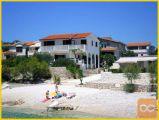 Apartmaji v Dalmaciji (Trogir Riviera) 10 m do morja