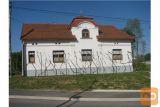 Starejša Obnovljena Hiša