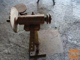 Prodam konstrukcijo za brusilnik na elektromotor