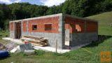 Zidanje/gradnja stanovanjskih hiš/poslovnih prostorov