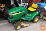 John Deere X305R, Vrtni traktor s košem