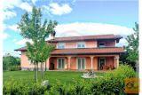Prodamo Novejšo Hišo V Neposredni Bližini Sežane