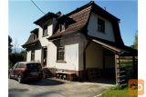 Prenovljena Secesijska Hiša V Objemu Narave.