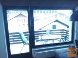 lesena termopan okna z okvirjem
