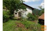 Starejša Hiša Z Gosp. Objektom Na Odlični Lokaciji